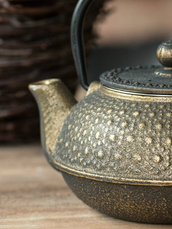 Dzbanek żeliwny GRANA do parzenia herbaty